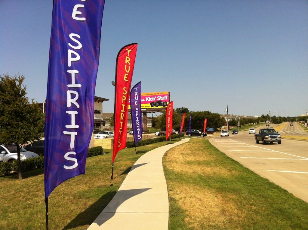 grand opening advertising flags