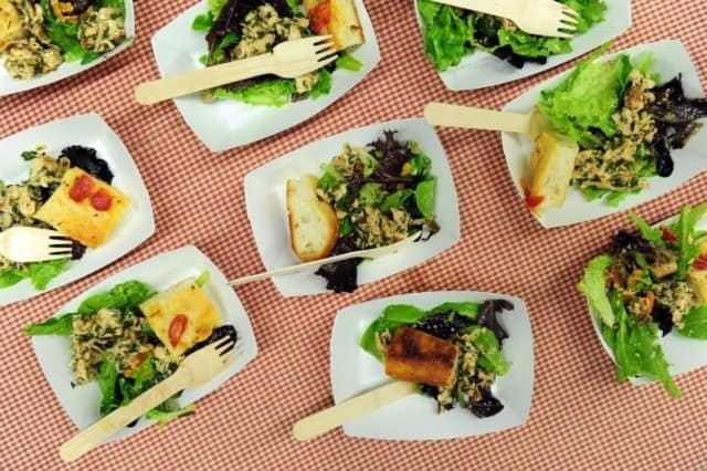 restaurants can teach us about creative advertising - food samples reporternewscom