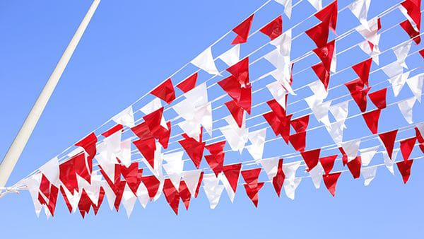 pennants red white