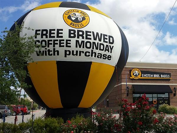 giant advertising balloons dallas