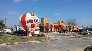 creative advertising balloons